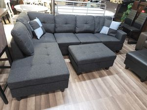 Brand new sectional free rug and ottoman for Sale in Sacramento, CA