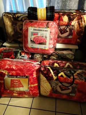 Different types of Blankets Hot , borrego , & throw for Sale in City of Industry, CA