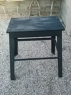 METAL POWER TOOL STAND for Sale in Las Vegas, NV