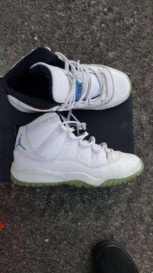 Jordan 11s size 3y kids for Sale in Tampa, FL