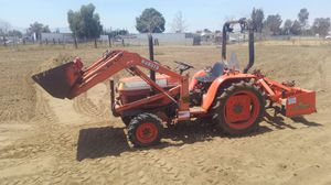 Tractor work for Sale in Jurupa Valley, CA
