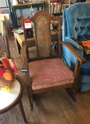 Vintage rocker for Sale in Lathrop, MO