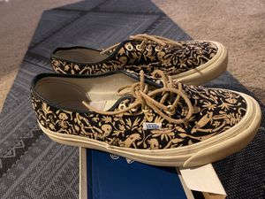 VANS AUTHENTIC LX SIZE 9 for Sale in San Diego, CA