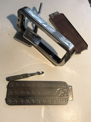 Antique razor $50 or best offer for Sale in Bonney Lake, WA