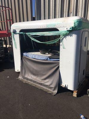 "Sleeper cab 36"" for Sale in Industry, CA"