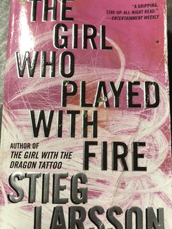 Used Paperback Book : The Girl Who Played With Fire by Stieg Larson (D) for Sale in Pinellas Park,  FL
