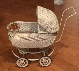 Vintage Antique Wicker Baby Doll Carriage for Sale in Hacienda Heights, CA