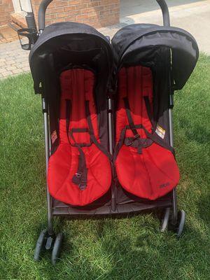 Double stroller for Sale in Utica, MI