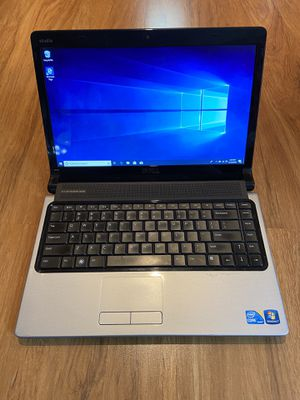 Dell Studio 1450 core i3 4GB Ram 250GB Hard Drive Windows 10 Pro Laptop with HDMI output & charger in Excellent Working condition for Sale in Aurora, IL