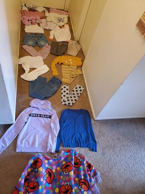 Size 8 years girl clothes for Sale in Anaheim, CA