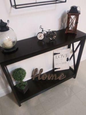 Bonita table console,color expresso for Sale in Hialeah, FL