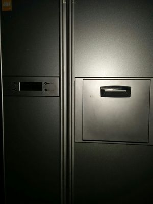 (((( FOR EXPORT )))) 240 voltage Stainless side x side refrigerator for Sale in Alexandria, VA