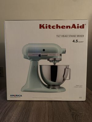 KitchenAid Tilt Head Stand Mixer for Sale in Big Rock, IL