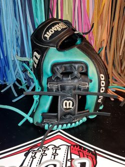 Wilson A2000 RC22 Game Spec Pro Stock Super Skin for Sale in Riverside,  CA