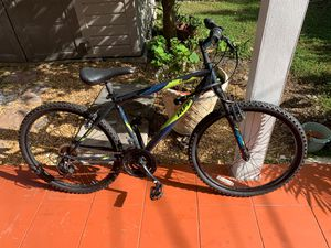 Hybrid/Mountain bike 26 inches for Sale in Coral Gables, FL