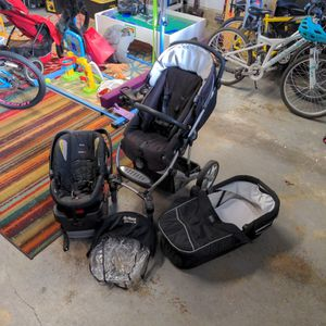 Britax B-smart Infant/ Toddler Travel System for Sale in Kirkland, WA