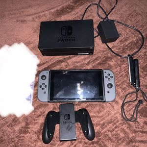 Nintendo Switch 32GB Console Grey Joycon W/ 128GB SD Card, Game And Extras for Sale in Manhattan Beach, CA
