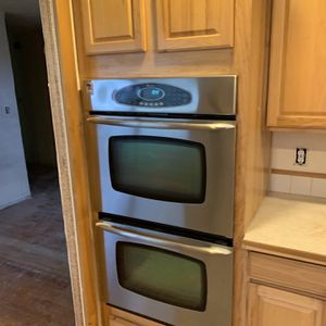 Dual Oven And Cabinet for Sale in Tacoma, WA