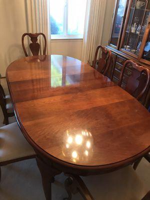 Stanley dining furniture set for Sale in San Bruno, CA