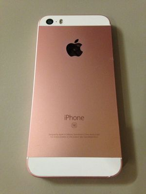 iPhone SE 32gb t-mobile for Sale in Las Vegas, NV