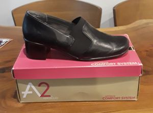 A2 by Aerosoles gently used black 2 inch heels 9.5 for Sale in Raleigh, NC