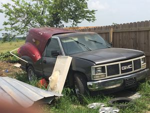 1998 GMC Sierra 1500 // PARTS ONLY for Sale in Buda, TX