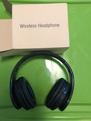 Wireless headphones for Sale in Lexington, KY