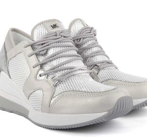 MICHAEL BY MICHAEL KORS Scout Silver and Optic White Trainer for Sale in Pomona, CA