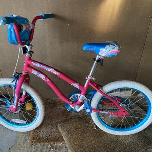 Girls Bike 18 Inches for Sale in Morton Grove, IL