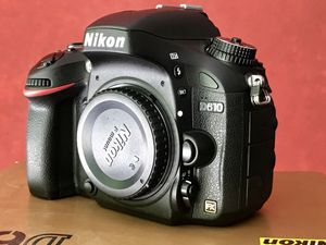 Nikon D610 FX-Format DSLR Camera for Sale in Doraville, GA