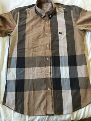 Burberry men's shirt size medium for Sale in Whittier, CA