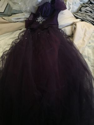 Beautiful purple Narianna prom dress for Sale in Salt Lake City, UT