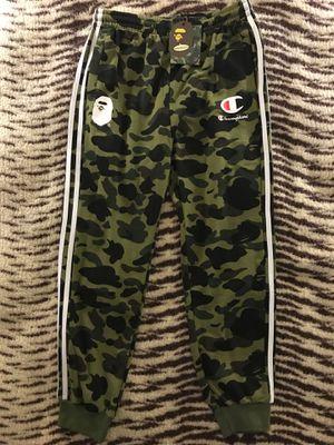Bape camo sweatpants size medium-large for Sale in Jacksonville, FL