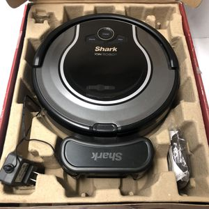 Shark ION RV700 Robot Vacuum for Sale in Lake Charles, LA