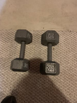Weight bench set with free weights for Sale in Haverhill, MA