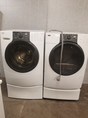 Kenmore electric dryer and washer for Sale in Aurora, IL