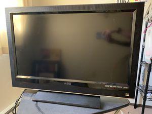 Vizio 32 tv for Sale in Montesano, WA