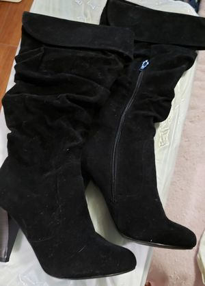 Women's boots swede size 7 1/2 New for Sale in Davie, FL