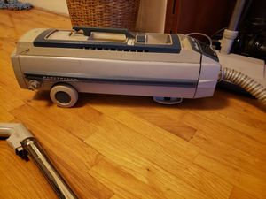 Electrolux canister vaccum for Sale in Seattle, WA