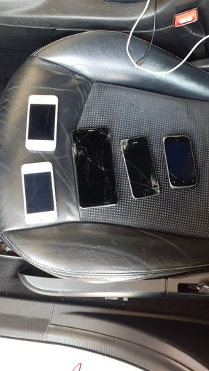3 iPhones ,1 LG Stylo and 1 random phone for Sale in West Valley City, UT