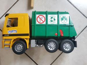 Toy truck for Sale in Hialeah, FL