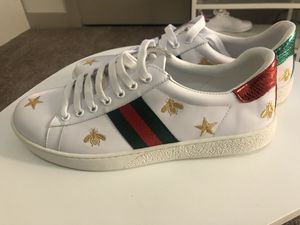 Gucci Men's Ace Embroidered sneaker size 10.5 for Sale in Houston, TX