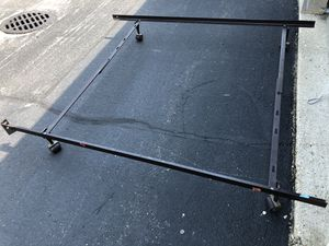Bed frame queen for Sale in Bloomingdale, IL