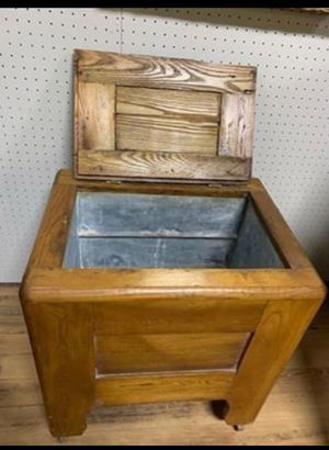Oak Ice Chest Cooler for Sale in Beaver Falls, PA