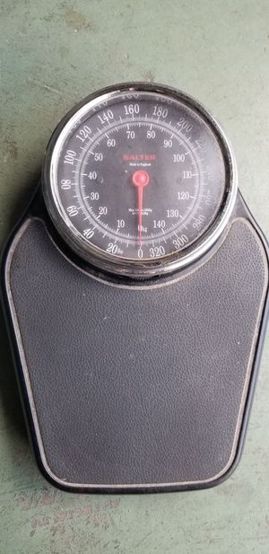 Salter Bathroom Weight Scale for Sale in Clearwater, FL