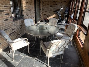 Outdoor Patio Set for Sale in Columbia, MO