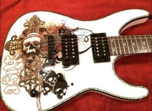 Dean Electric Vendetta Guitar for Sale in Waterbury, CT
