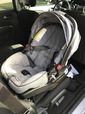 Graco travel system stroller set for Sale in Orlando, FL