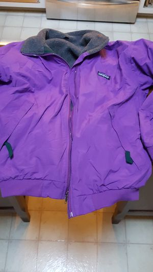 Patagonia wm sz 14 jacket for Sale in Lacey, WA