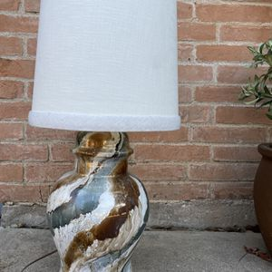 Large Vintage Table Lamp for Sale in Fort Worth, TX